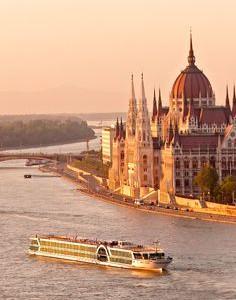 Darujte vašim blízkym plavby loďou po Dunaji